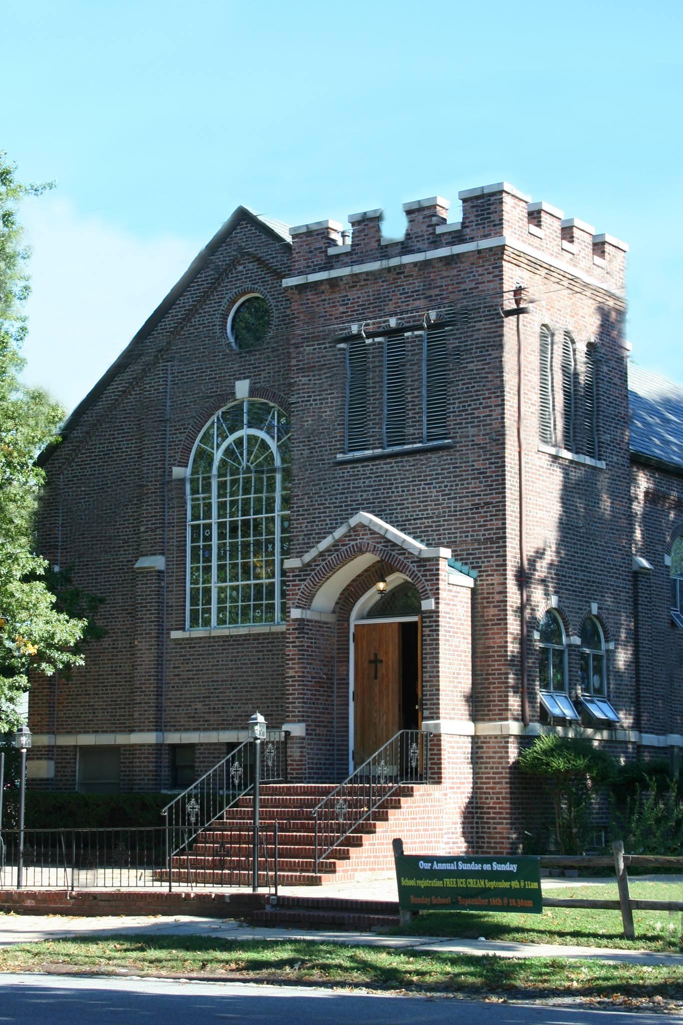 Oakwood Heights Community Church